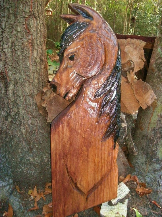 Mustang horse equine chainsaw wood carving bay by