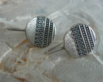 Sterling Silver Dangle Earrings, Round Dangle Earrings, Filigree Silver Earrings, Oxidized Silver Earrings, Dangle Earrings, Modern Design