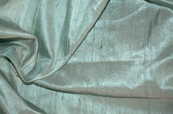 Mint green silk dupioni -Fat quarter - D 34