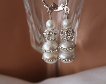 RHINESTONE  PEARL  WEDDING  Earrings, Stunning Must See