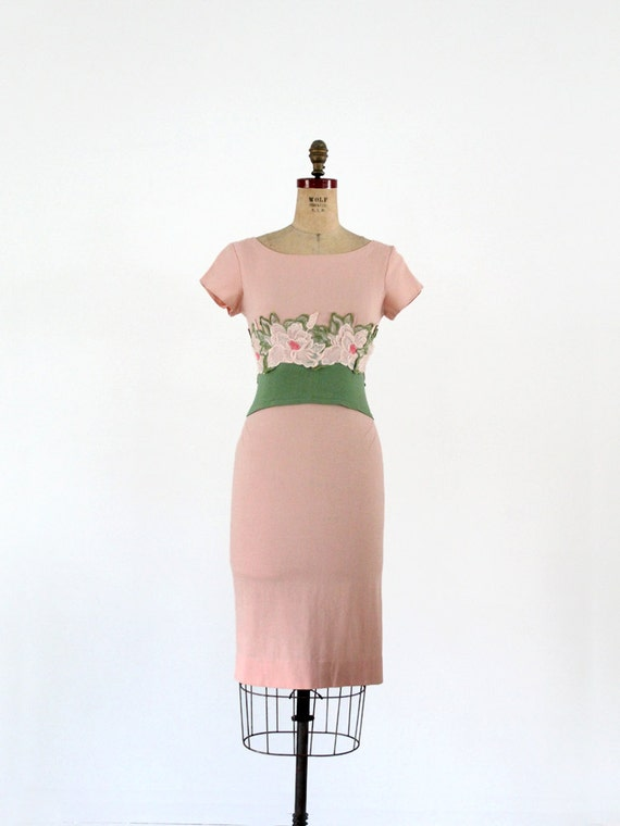 blush linen vintage garden party dress with floral detail on grass green waistline