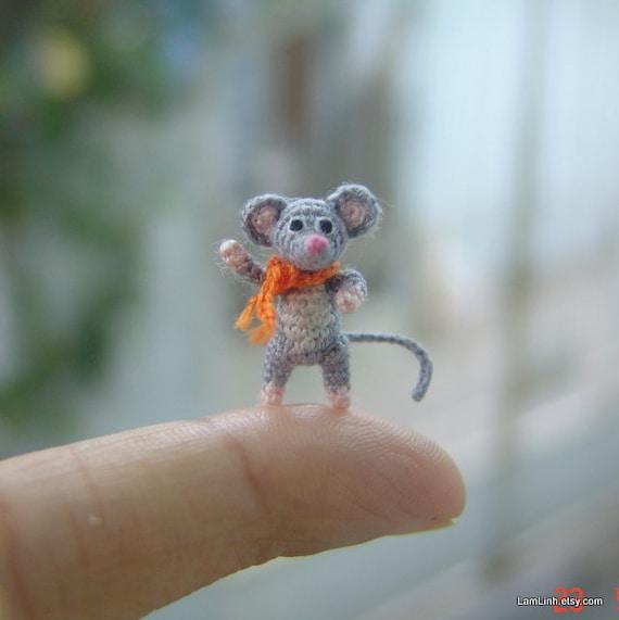 miniature art grey mouse micro amigurumi crochet animal