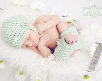 Newborn Chin strap HatSet PDF Pattern - Crochet Sweet Pea set