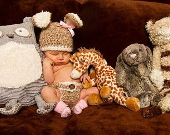 READY TO SHIP-Baby Bunny Hat and Diaper Cover Set-Newborn Easter or Halloween Photo Prop