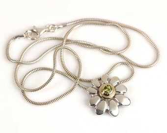 Flower necklace, gold silver necklace, green Peridot birthstone jewelry