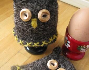 Knit and Felt Owl Egg Cosy