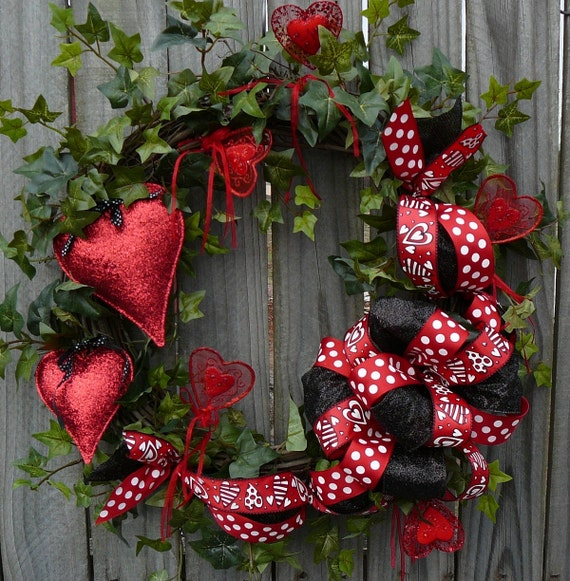 Valentines Wreath Red And Black Valentines Day Wreath With