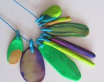 lime, purple, emerald, gold accent summer coloured 8 piece eclectic 'feather' necklace