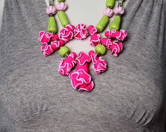 Pink Abstract Coral Necklace / Pink and Green Coral Statement Necklace / Handmade Beaded Jewelry / Unique Geometric / Mothers Day Jewelry