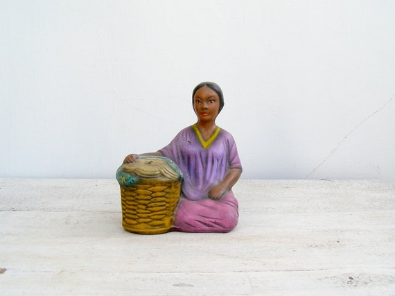 Tahitian Woman figurine, Vintage woman Figurine, Ethnic, tribal, Cottage chic, Feminine, colorful, Exotic, Farmhouse, African