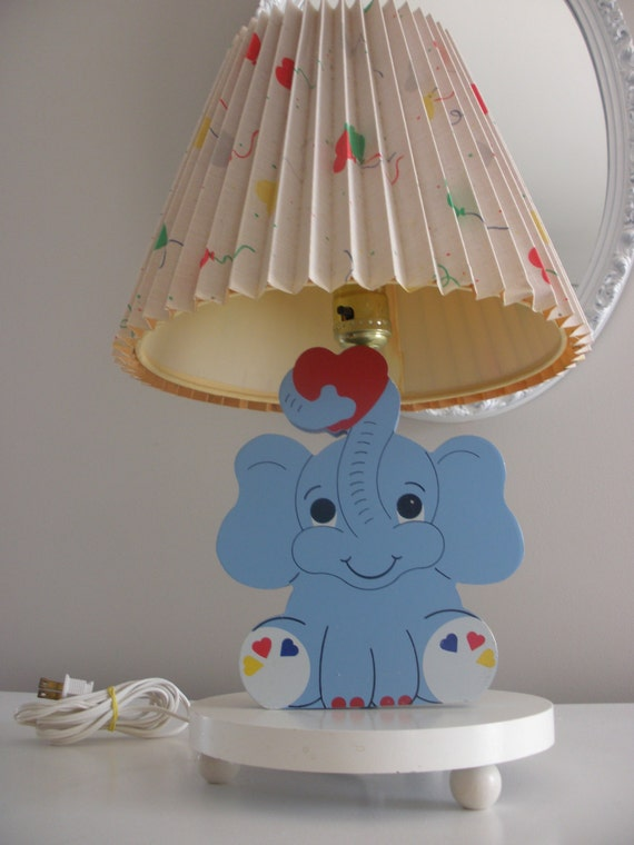sale vintage nursery circus elephant lamp with balloon lamp shade. Black Bedroom Furniture Sets. Home Design Ideas