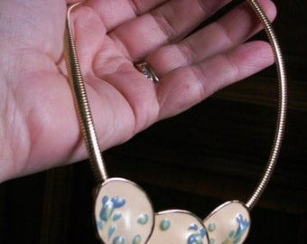 Cream and Blue Floral Enamel Necklace - Vintage Cool