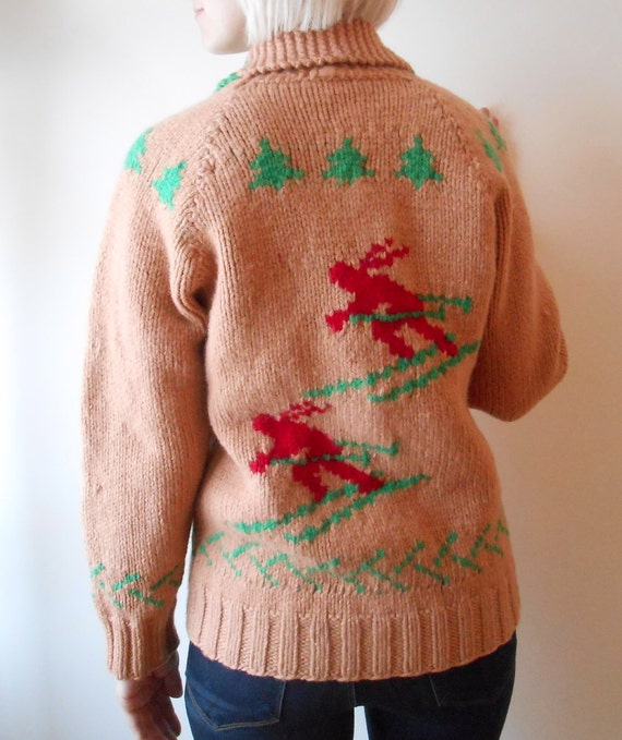 Vintage HAND KNIT cowichan sweater with skier pattern 50s/60s