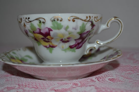 Vintage Occupied Japan Saji Fancy China Tea Cup Saucer Purple