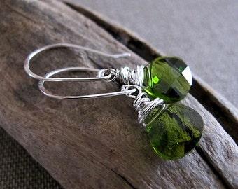 Emerald Briolette Earrings.  Green Swarovski Dangle Earrings. Teardrop Dangle Earrings. Sterling Silver Wire Wrapped Earrings - Fashion