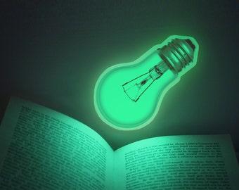 BRILLIANT IDEA sticker /S-size (glow in the dark light bulb sticker - 11cm)