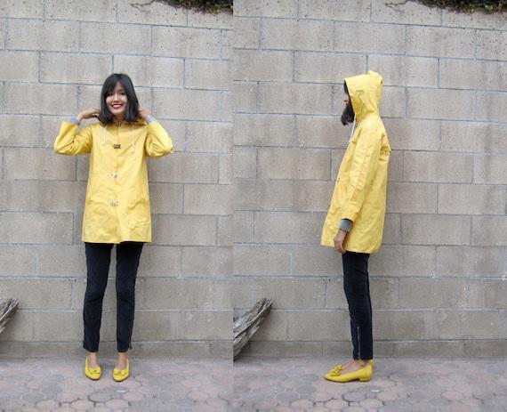 classic yellow raincoat/ vintage hooded rain jacket/ yellow