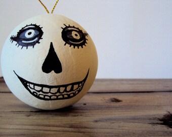 Zombie Face Bauble - Cute Folk Art Skeleton Ornament - Day of the Dead Halloween Decor - Primitive Skeleton - Halloween Party Decoration