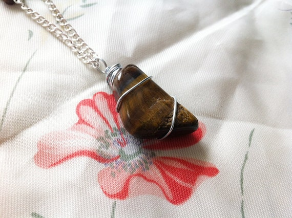teigra. a wire-wrapped tiger's eye necklace.