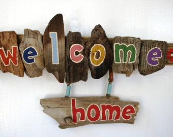 WELCOME HOME Driftwood Sign with vintage hooks & flowers