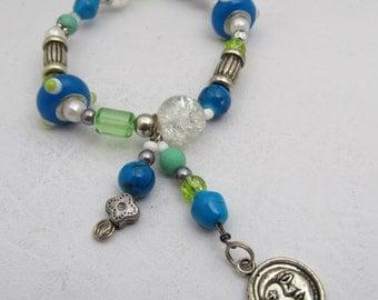 Blue & Green Lampwork Beaded Stretch Bracelet Dangle Moon Charm Glass Bead Silvertone Bracelet