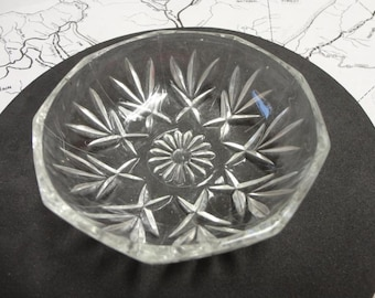 Vintage Glass Candy Dish / Nut Dish