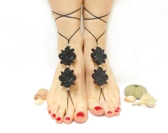 Barefoot sandles, Black barefoot sandal, Gothic Anklet, beaded sandals, Black bangle, Steampunk, Toe ring anklet, Slave anklet, Yoga