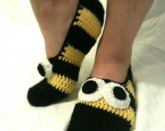 Crochet Slippers Socks House Shoes Bumbble Bee Charecters.