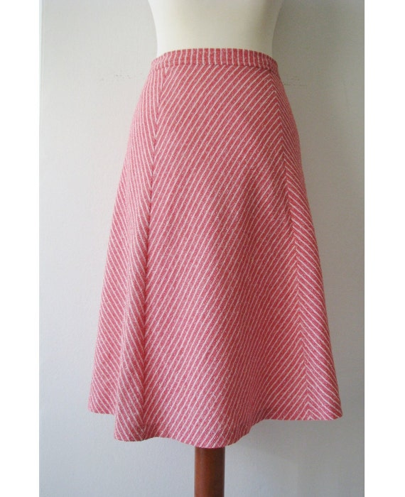 70s Nautical A-line Skirt w/ Red and White Candy Stripes, S-M / W28 / W72 // Ragged Vintage Skirt