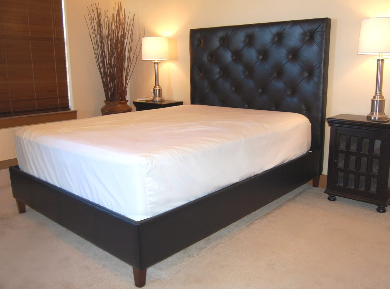 Modern Queen Size Diamond Tufted Black Genuine Leather Bed