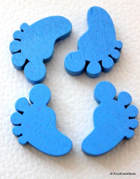 10 x Blue Wood Feet Beads 22mm x 14 mm x 5mm