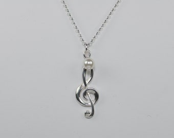 Treble clef necklace, Treble clef pendant, Music lover necklace, Music note