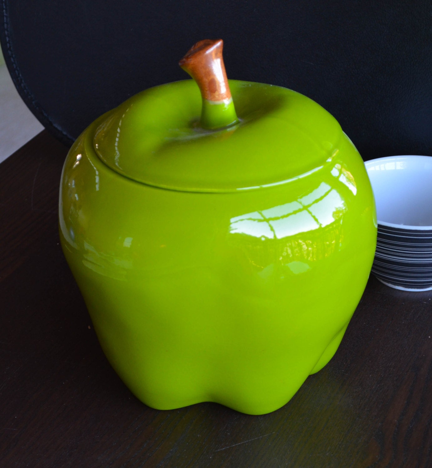 Large Ceramic Granny Smith Green Apple Cookie Jar