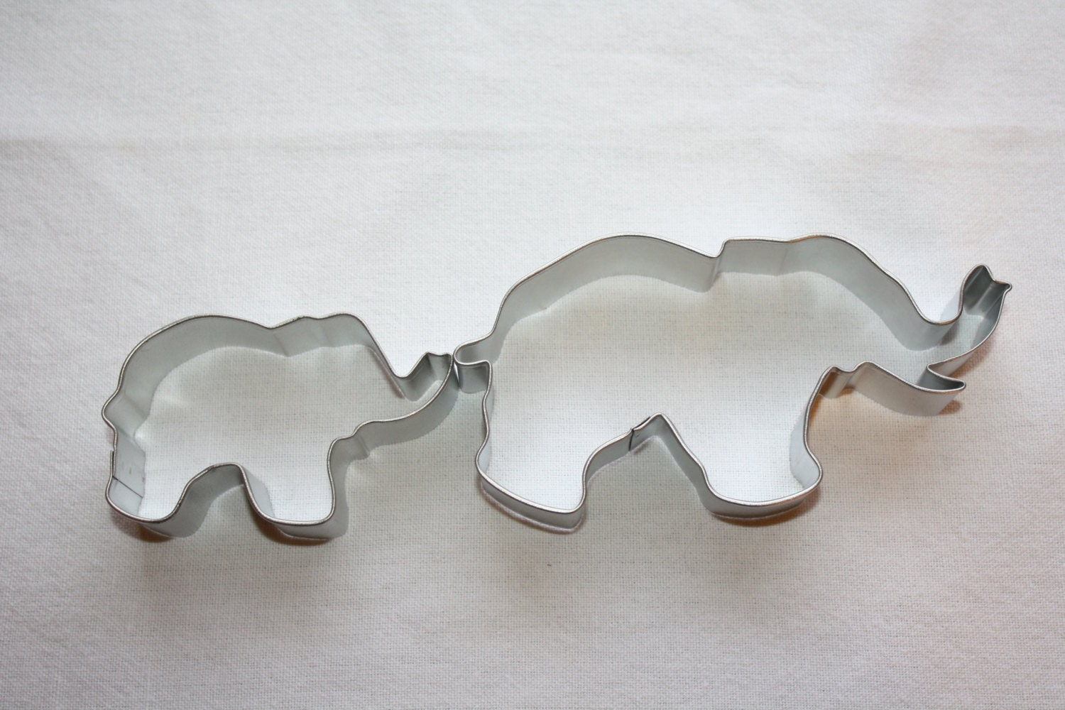 mommy and baby elephant cookie cutter