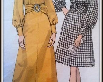 Vogue Basic Design  2067 1960's Size 16