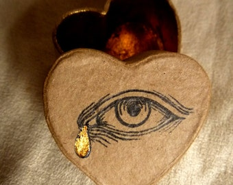 Made to order - Tear Box - Cardboard Heart-Shaped Box Gilded Inside, Hand painted Eye - Unique piece