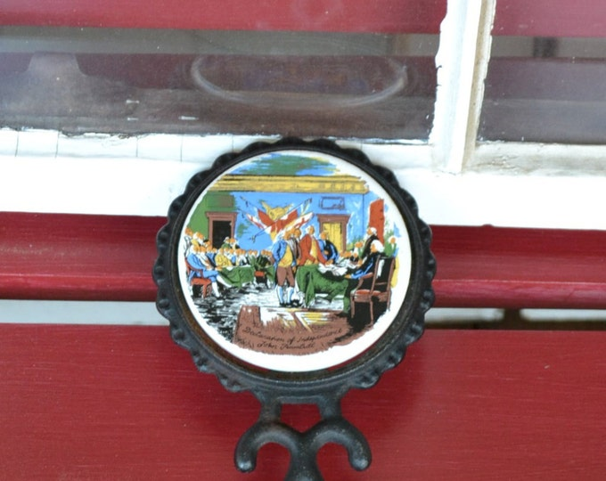 Vintage Cast Iron Trivet Hot Plate Independence Hall Philadelphia Travel Souvenir PanchosPOrch