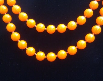 Retro orange long beads / necklace