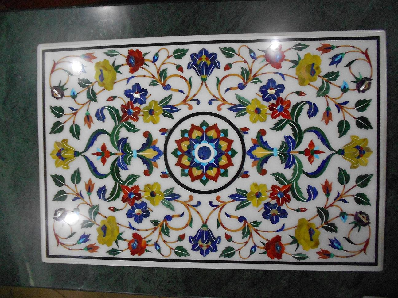 Marble Inlay Table Tops : White marble inlaid coffee table top