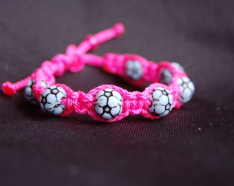 Soccer bracelet /  Trendy Soccer Mom / Soccer / Girls / Boys / Soccer Team / Gift Exchange / Goody Bag / Sports Jewelry / Sports