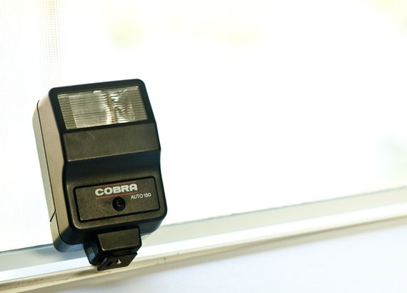 Camera flash Cobra Auto 150 - Vintage camera Flash - photography accessories