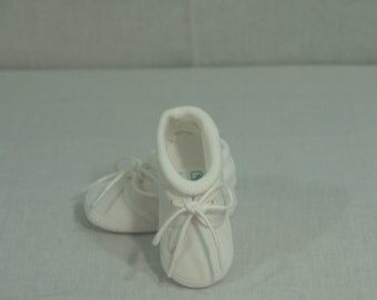 Boys Baptism Shoes Vintage New white cotton, Soft Crib Shoes with Socks, Boy Pageant Wear, Christening Day, Baby Shower Gift