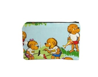 Berenstain Bears Mini Zipper Pouch / Small Storybook Bag in Summer Camp with the Berenstain Bears