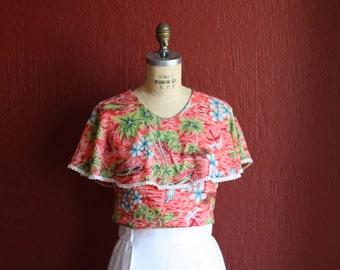 Vintage 1940s Coral Skys Hawaiian Print Rayon Pin Up Blouse - Size Medium