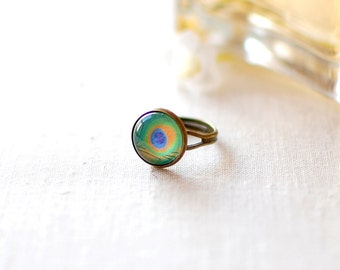 SALE -50% OFF. Peacock Ring. Green Summer Ring. Glass Dome Ring. Adjustable Ring. Peacock Feather Ring. Animal Print Ring.