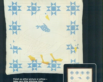 CANDLEWICK Silkscreened COUNTRY GEESE Dimensions Kit #4111 1980s Embroidery Stencilled Pillow Top