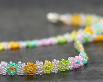 Girls Necklace - Beaded Necklace - Seed Bead Jewelry - Children's Jewelry - Daisy Chain Necklace - Beaded Jewelry - Multi Color Necklace