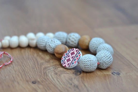 Rustic Nursing necklace / Teething necklace - Folk Ukrainian Embroidery - Beige, Red, Grey - Baby teether - Babywearing mom jewelry