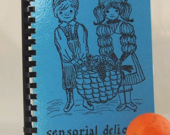 "Denver MONTESSORI SCHOOL COOKBOOK, "" Sensorial Delights"" -  Vintage 1976 - High Altitude Cooking - Very Good Condition"