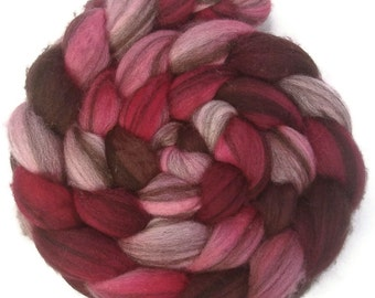 Handpainted Heathered BFL Wool Roving - 4 oz. VICTORIA - Spinning Fiber